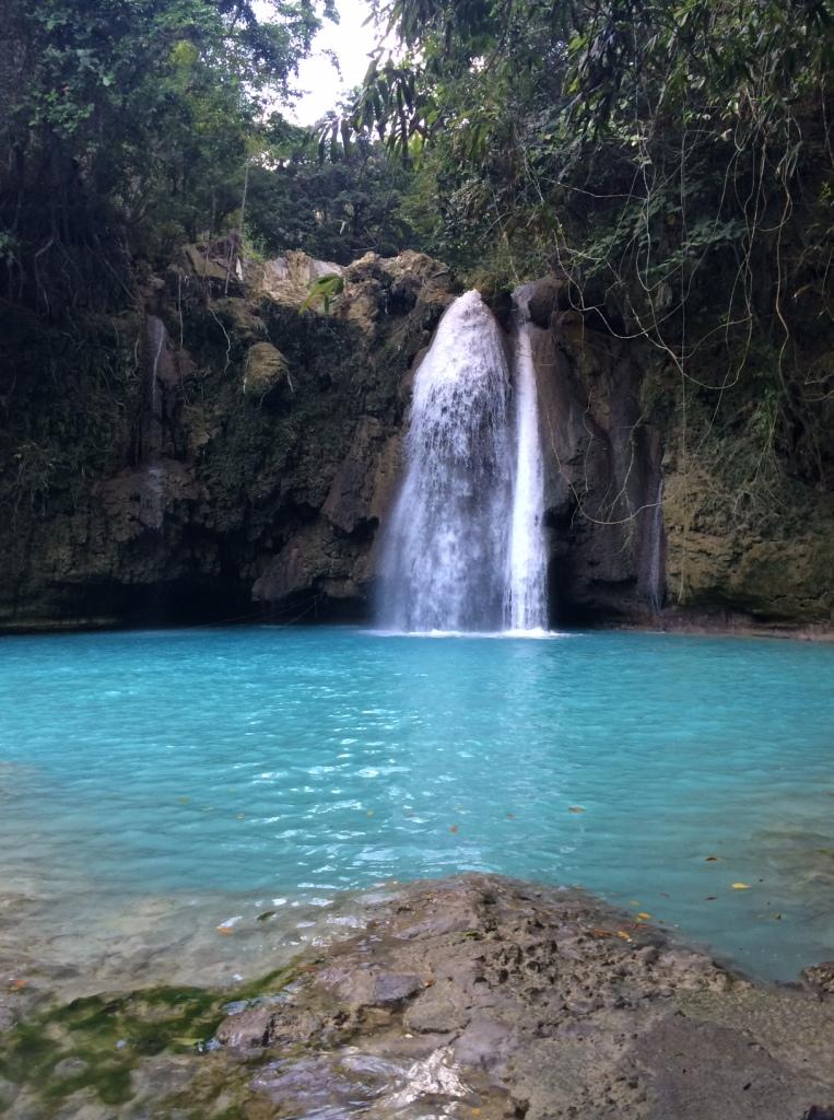 Kawasan waterfalls swimming
