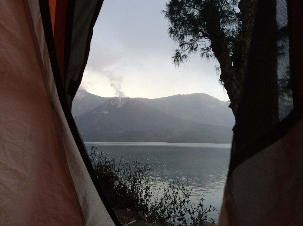Cone crater lake Rinjani