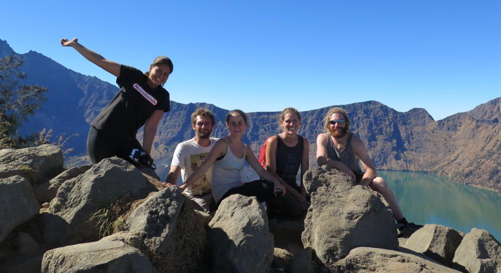 Crater rim rinjani hiking group